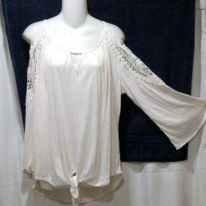 New York Laundry long sleeve blouse Size L